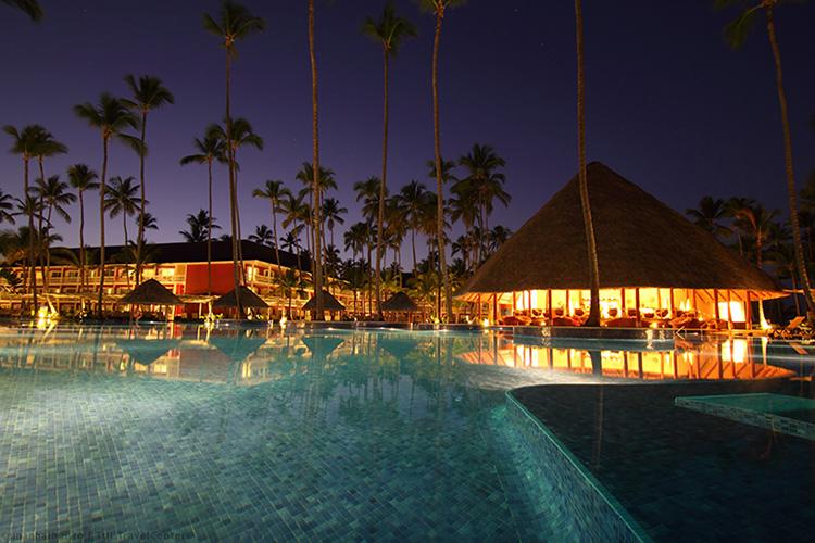 Prezentare hotel: Barcelo Bavaro Beach Resort 5*