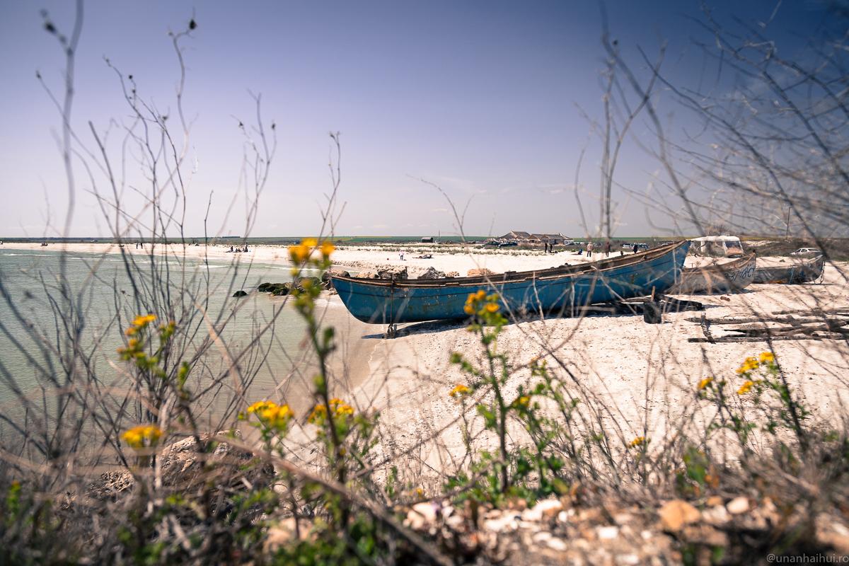 1 Mai în Dobrogea şi pe plajele sălbatice de la Marea Neagră