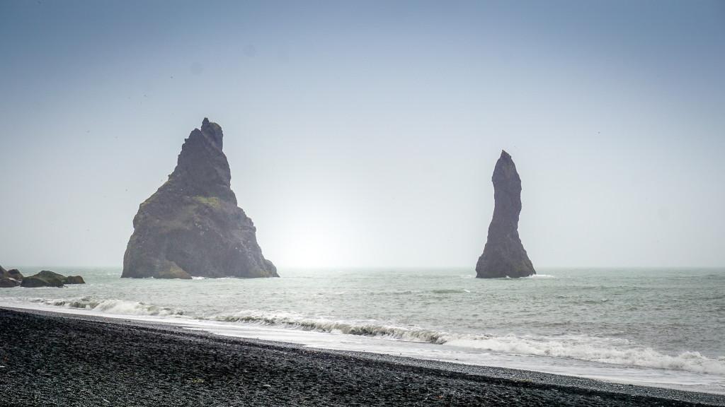 plaja nisip negru (3)
